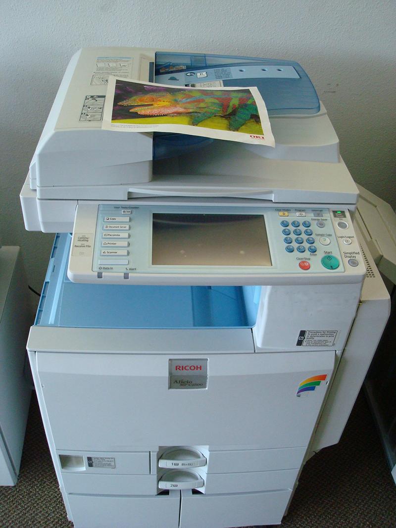 cho-thue-may-photocopy-ricoh-gia-re-tại-hcm